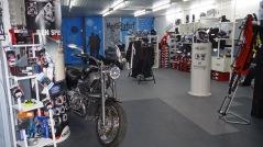 bottes Forma, casques HJC, blousons Macna, combinaison de pluie Oxford, vêtements thermiques Oxford ... en stock chez MotoRataf
